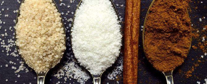 Sugar on spoons