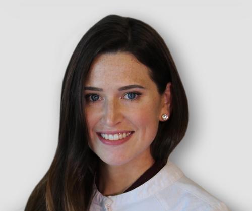 Dr. Erin Sweeney headshot